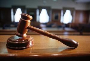 Tribunal_560